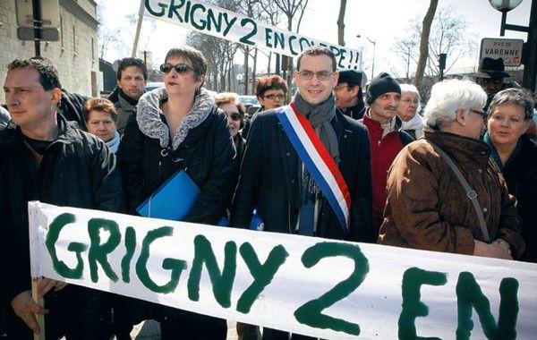 Grigny écrit son Manifeste pour la République
