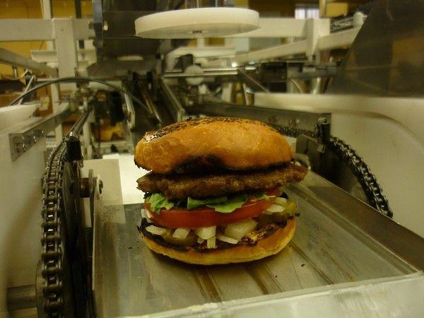 Automatisation: les employés de fast-food menacés