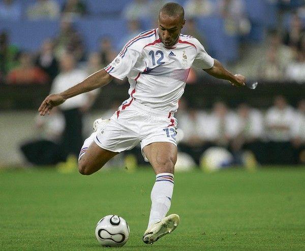 Cette fois, Thierry Henry passe bien la main...